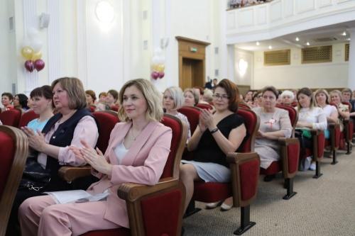 Спасибо за чуткость и милосердие! Чебаркульские соцработники отмечены губернатором и депутатами