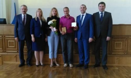 Ещё ярче. Тренер Игорь Кашурин получил премию Законодательного собрания